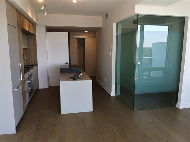 Condo in TDC2 for rent in Montreal