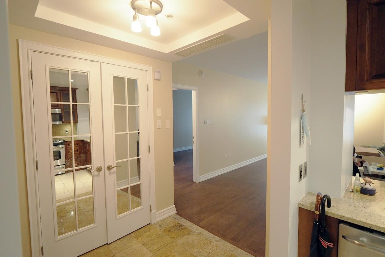 市中心Drummond Roc Fleuri 超高档公寓 2卧2位带室内车位!