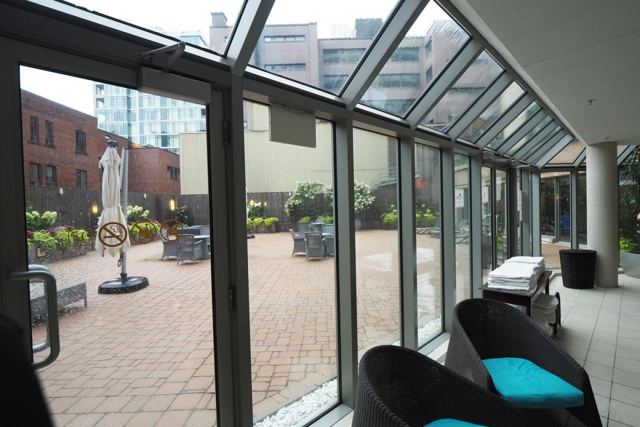 Luxury condo located in the heart of downtown Montreal for sale